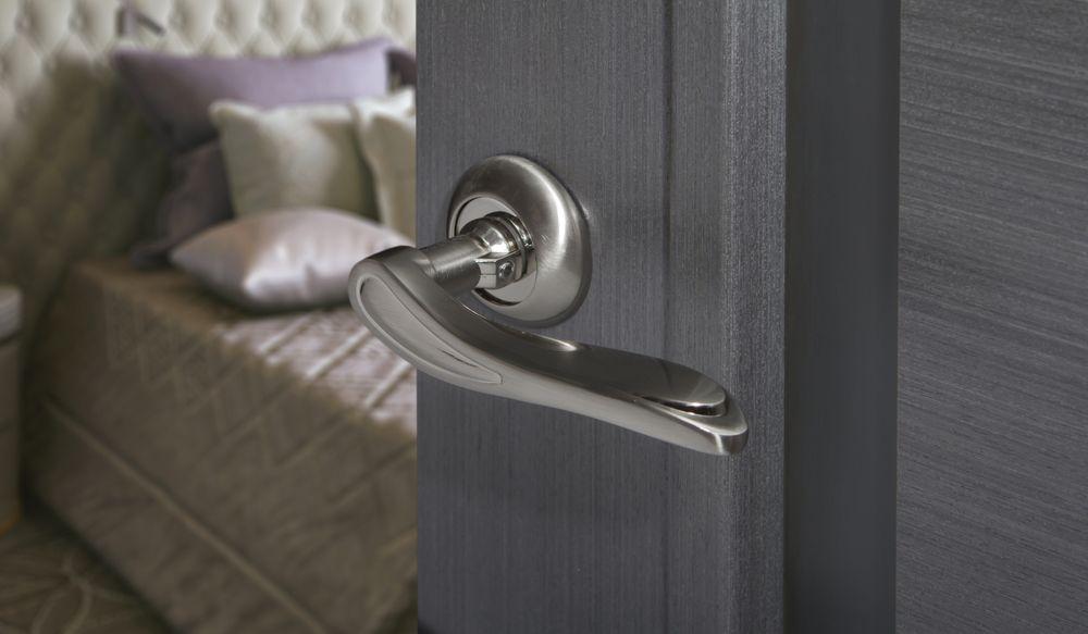 jak dobrać odpowiednią klamkę do drzwi