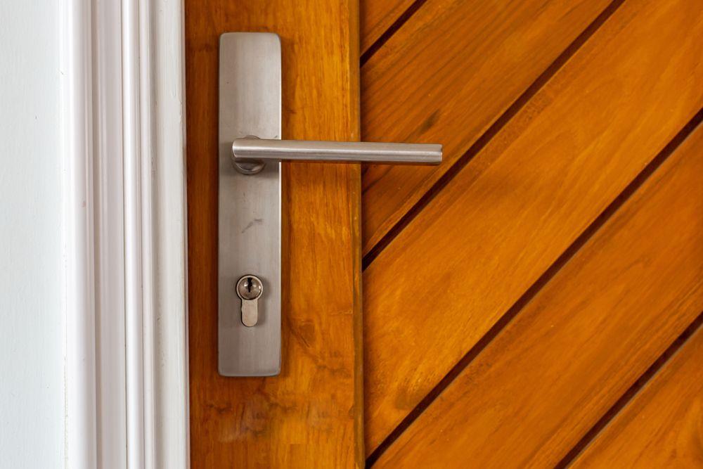 Rodzaje klamek do drzwi zewnętrznych